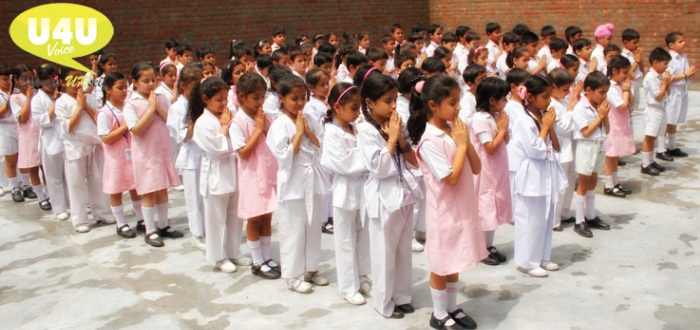 Little angels praying for peace and unity
