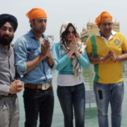 Actors Zarine Khan and Gippy Grewal pay obeisance at the Golden Temple in Amritsar (6)