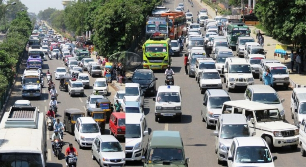 traffic jams a menace Policy importance to recognize the deleterious effect of traffic congestion on  ( 2009) outline some measures that could help deal with the congestion menace.