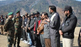 GOC, White Knight Corps interacting with participants of tour