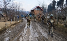 Two army personnel injured in Kashmir gunfight