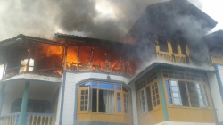 House catches fire in Baramullah