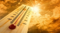 Heat wave forcing people to remain indoors