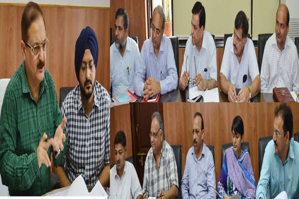 Jammu Kashmir News Div Comm Jammu reviewed status of various mega projects being executed in Jammu here at a high level meeting of officers, Jammu and Kashmir News Jammu News Kashmir News projects