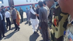 Rajnath Singh arrived at Srinagar Airport; received by senior leaders