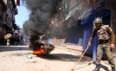 Clashes in south Kashmir's after Geelani's arrest; many injured