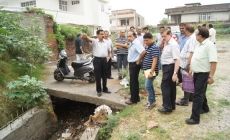 JMC Commissioner visits various areas of Jammu city