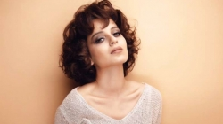 Big B calls Kangana talented, wonderful