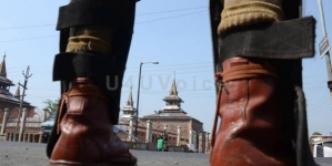 Kashmir shuts against Pattan killings; Protest going on in Pulwama