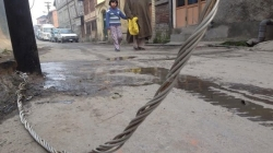 Life threat to civilian as High tension wire are seen on ground at Fateh Kadal