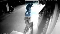 WATCH | A man picks up a woman on a busy street in Bengaluru; no one helped