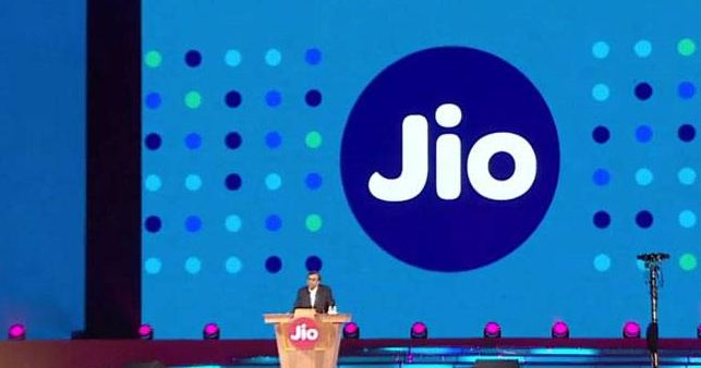 RJio's free services may end on Dec 31, here's why